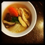 【夫に関東風のお雑煮を食べさせてみた日の昼ごはん】